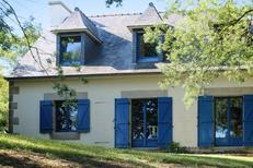 Maison de vacances 1133626 pour 10 personnes , Plougrescant