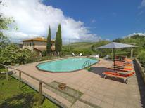 Vakantiehuis 1133876 voor 16 personen in Volterra