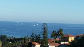 Ferienwohnung 1135596 für 8 Personen in Imperia-Porto Maurizio