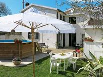 Holiday home 1135714 for 8 persons in Pineto