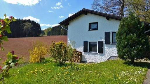 Gemütliches Ferienhaus : Region Eifel für 6 Personen