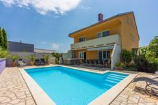 Ferienhaus 1138211 für 12 Personen in Crikvenica