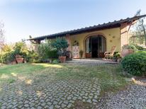Holiday home 1139056 for 4 persons in Arezzo