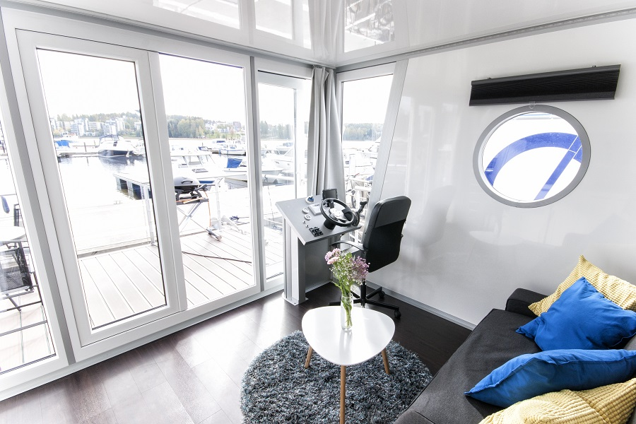Hausboot/ Schiff für 4 Personen ca. 24 m² Boot
