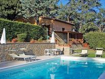 Ferienhaus 1141296 für 4 Personen in Pergo