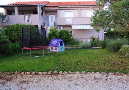 Für 11 Personen: Hübsches Apartment / Ferienwohnung in der Region Dalmatien