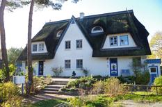 Ferienwohnung 1142897 für 4 Personen in Zingst-Müggenburg