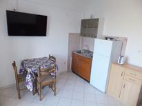 Ferienwohnung 1143713 für 2 Erwachsene + 1 Kind in Supetarska Draga