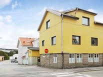 Ferienhaus 1144545 für 3 Personen in Lysekil