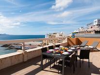 Ferienwohnung 1145556 für 2 Personen in Playa de las Canteras