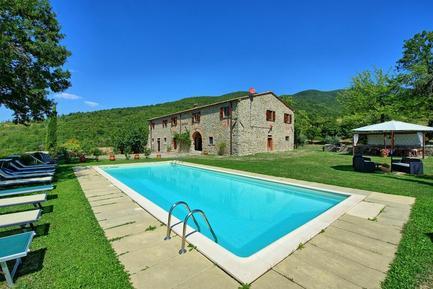 Gemütliches Ferienhaus : Region Poggio d'Acona für 16 Personen