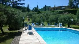 Apartamento 1148584 para 5 adultos + 1 niño en Vado di Camaiore