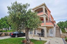 Appartement 1151457 voor 6 personen in Maslenica