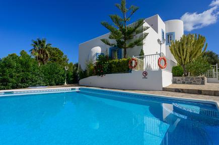 Gemütliches Ferienhaus : Region Ibiza für 9 Personen