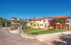 Appartement 1153726 voor 5 personen in Brnobici