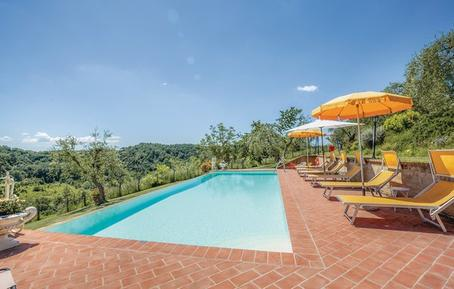 Gemütliches Ferienhaus : Region Marti für 10 Personen