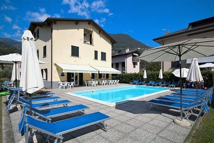 Für 4 Personen: Hübsches Apartment / Ferienwohnung in der Region Domaso
