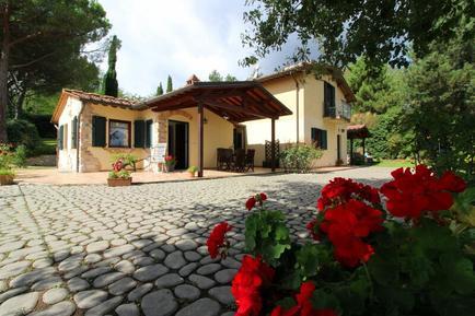 Gemütliches Ferienhaus : Region Arezzo für 13 Personen