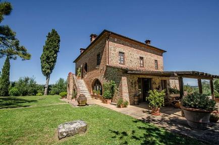 Gemütliches Ferienhaus : Region Toskana für 11 Personen