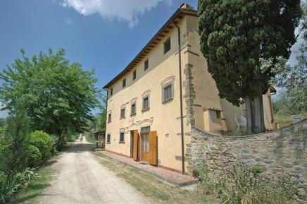 Für 4 Personen: Hübsches Apartment / Ferienwohnung in der Region Romola