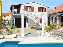 Apartamento 1163301 para 5 personas en Tribunj