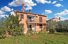 Appartement 1163507 voor 6 personen in Galižana