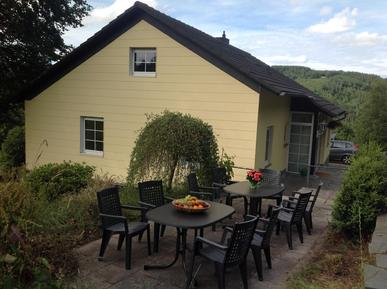 Gemütliches Ferienhaus : Region Eifel für 18 Personen