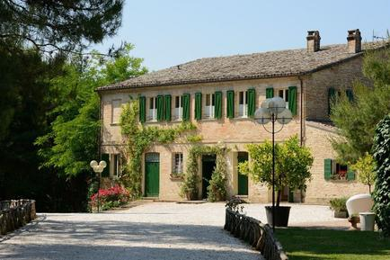 Für 25 Personen: Hübsches Apartment / Ferienwohnung in der Region Adria