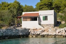 Ferienhaus 1163759 für 4 Personen in Dragisina Bucht