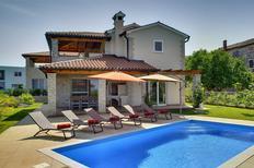 Ferienhaus 1164152 für 8 Personen in Bužinija