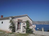 Ferienwohnung 1164857 für 2 Personen in Okrug Gornji