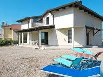 Casa de vacaciones 1165297 para 12 personas en Tortoreto Lido