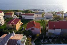 Ferienwohnung 1166585 für 6 Personen in Miletici