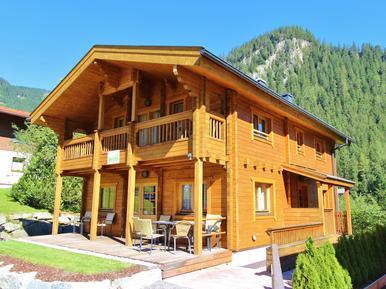 Gemütliches Ferienhaus : Region Zillertal Arena für 10 Personen