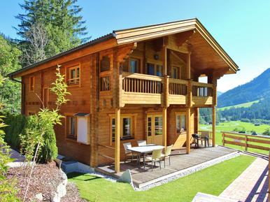 Gemütliches Ferienhaus : Region Zillertal Arena für 14 Personen