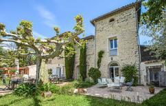 Ferienhaus 1167914 für 20 Personen in Saint-Ambroix