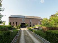 Vakantiehuis 1170857 voor 13 personen in Marche-en-Famenne