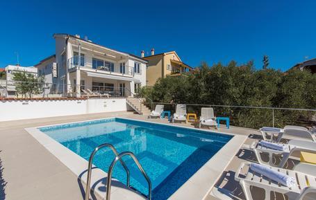 Gemütliches Ferienhaus : Region Kroatische Inseln für 8 Personen