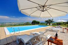Ferienhaus 1171801 für 24 Personen in San Severino Marche