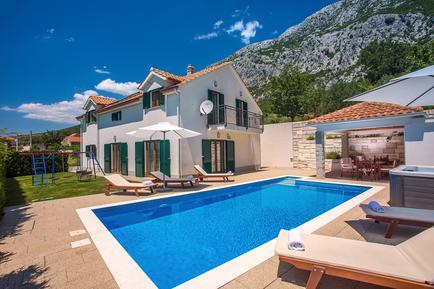 Gemütliches Ferienhaus : Region Makarska Riviera für 10 Personen
