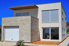 Appartement 1174499 voor 4 personen in Bibinje