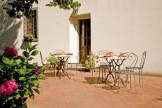 Ferienwohnung 1174665 für 5 Personen in Pratovecchio