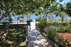 Ferienwohnung 1176177 für 4 Personen in Poljica bei Trogir