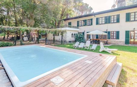 Gemütliches Ferienhaus : Region Oberitalienische Seen für 13 Personen