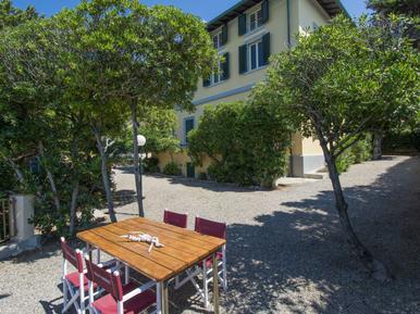 Gemütliches Ferienhaus : Region Quercianella für 6 Personen