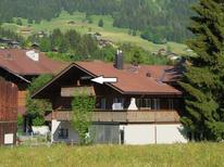 Ferienwohnung 1178503 für 4 Personen in Lenk