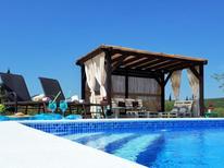 Casa de vacaciones 1178614 para 8 personas en Pirovac