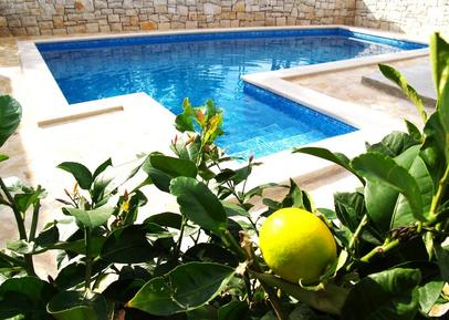 Gemütliches Ferienhaus : Region Dalmatien für 12 Personen