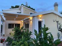 Apartamento 1183657 para 8 personas en Arbanija