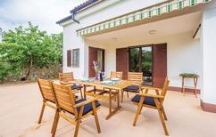 Ferienhaus 1184223 für 5 Erwachsene + 1 Kind in Muraj